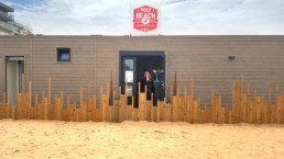 Le Polo Beach, restaurant de plage en containers