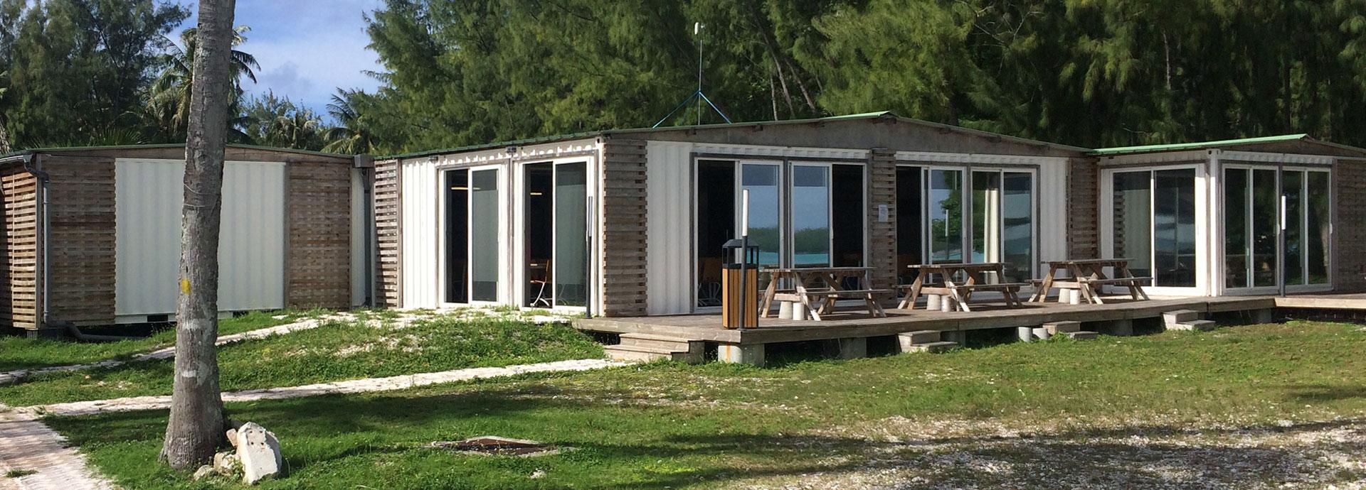 Camps et containers base de vie
