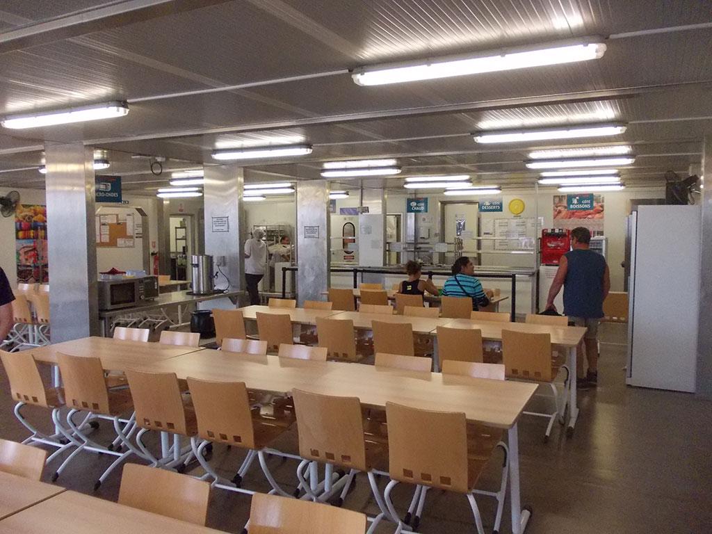 La salle du restaurant logistic solutions for Resto lasalle