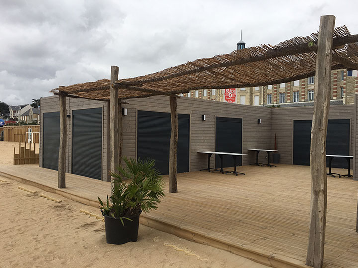 pergola et terrasse du polo beach logistic solutions. Black Bedroom Furniture Sets. Home Design Ideas