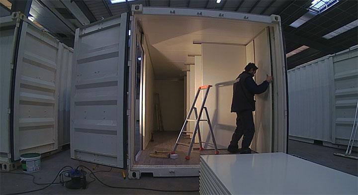 pose de cloison en panneau 1 logistic solutions. Black Bedroom Furniture Sets. Home Design Ideas