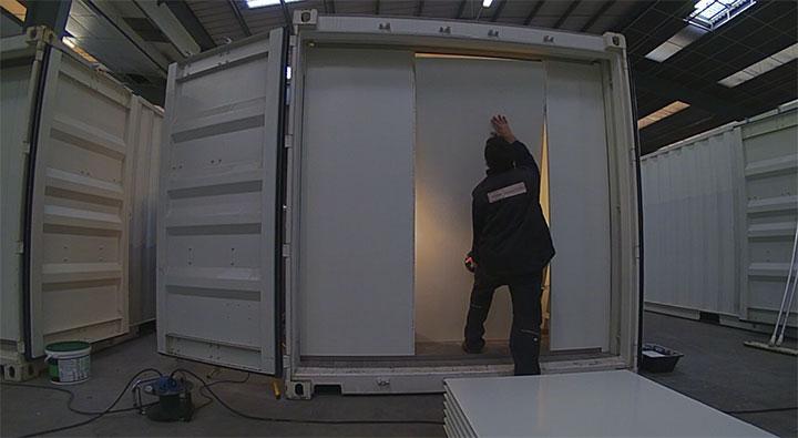 pose de cloison en panneau 2 logistic solutions. Black Bedroom Furniture Sets. Home Design Ideas