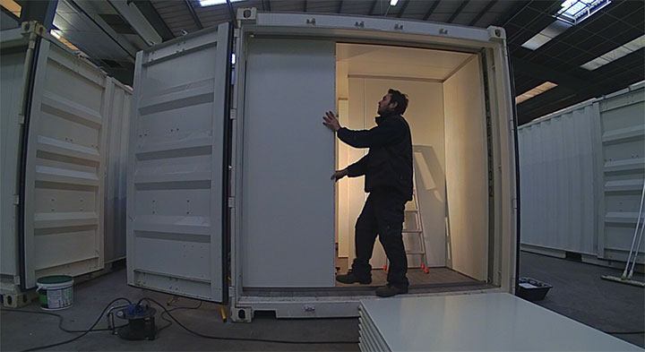 pose de cloison en panneau 3 logistic solutions. Black Bedroom Furniture Sets. Home Design Ideas